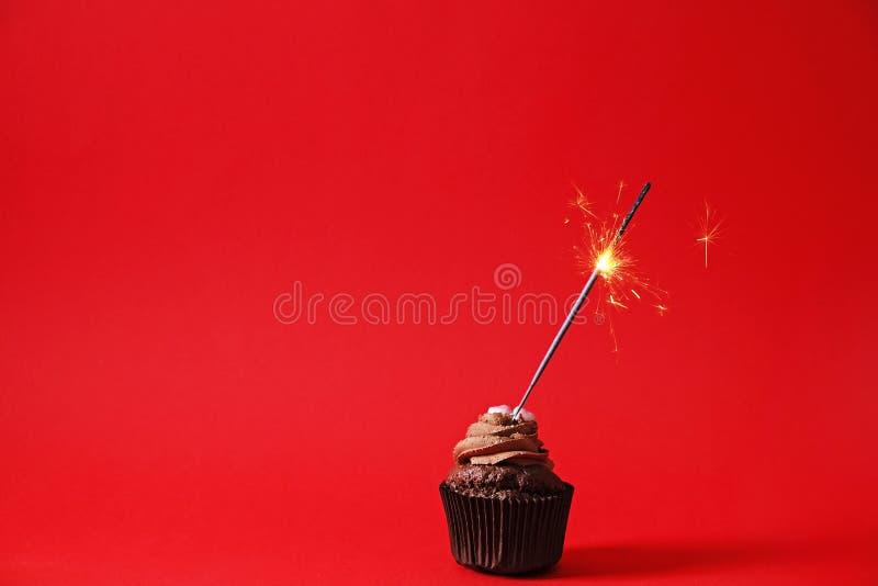 Smakowity dom robić piec urodzinowi muffins cukierki Yummy piekarnia produkty zli dla postaci Niezdrowi cukierki Wakacyjni boże n obrazy royalty free