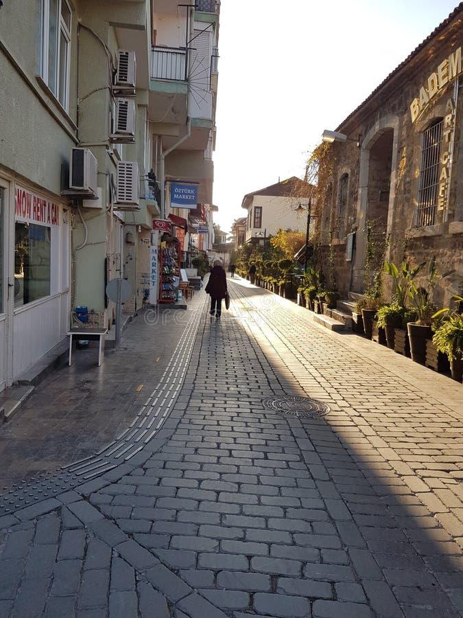Smala gator av Antalya arkivfoton