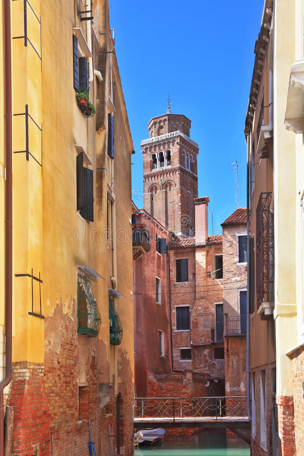 The Small Bridge Through The Venetian Channel Royalty Free Stock Photography