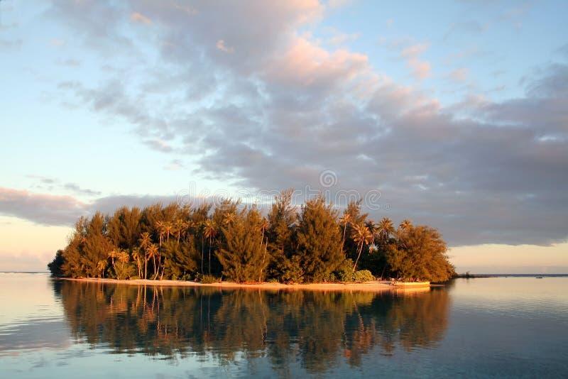 Small desert island in Tahiti stock photography