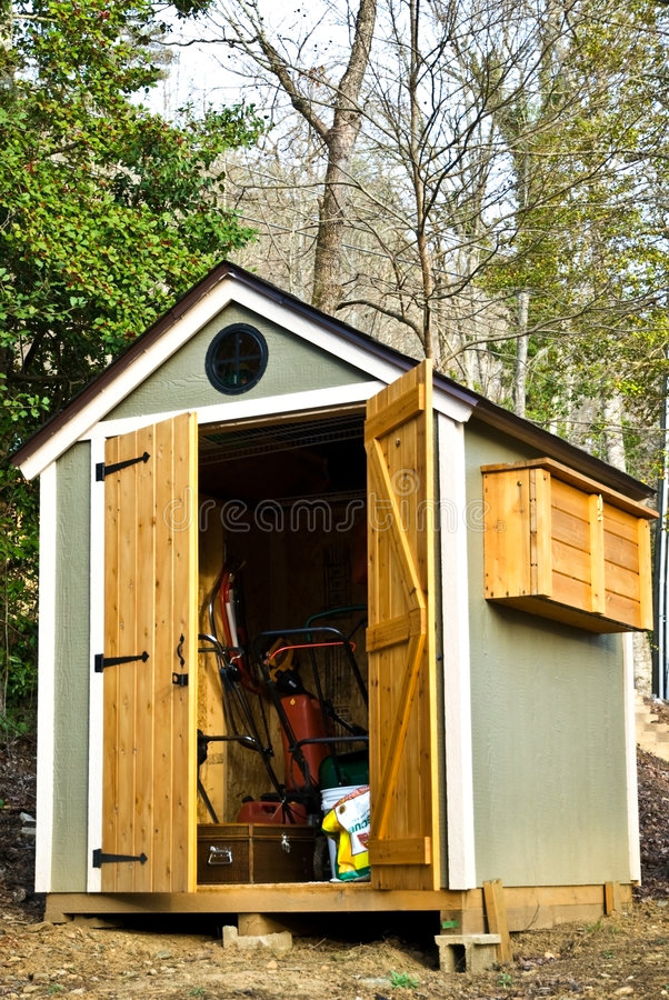 Download Small Garden Shed/Vertical stock image. Image of leisure - 8509109