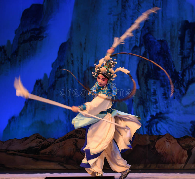 """Small general white robe- Beijing Opera"""" Women Generals of Yang Family"""". This opera tells a patriotic story how does an old woman of a hundred years stock image"""