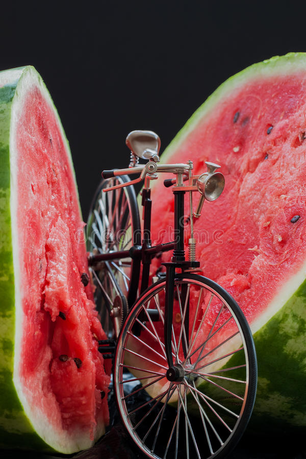 Free Small Model Of Retro Bicycle Near Ripe Watermelon Stock Images - 77342754