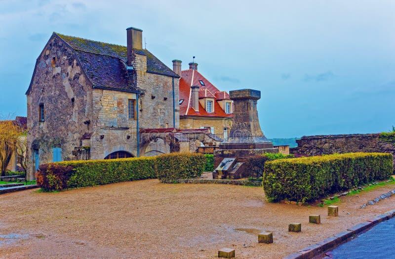 Square in Vezelay in Bourgogne Franche Comte region in France. Small square in Vezelay in Avallon of Yonne department in Bourgogne Franche Comte region, France stock photo