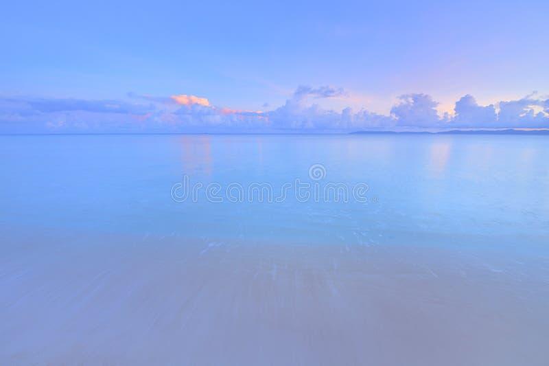 Smaragdgroen blauw strand stock fotografie