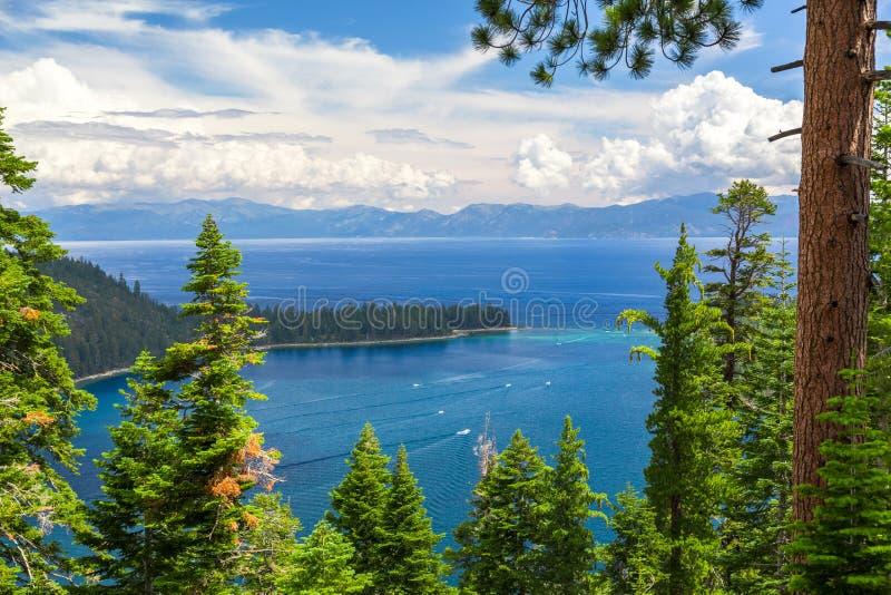 Smaragdgroene Baai, Meer Tahoe stock foto
