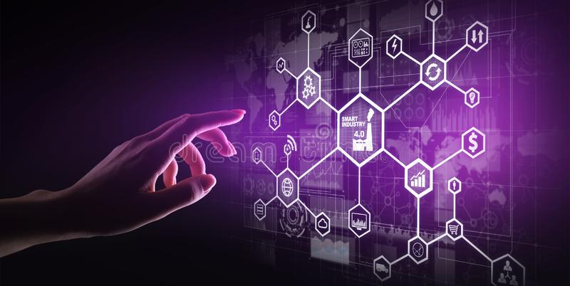 Smart bransch 4 0 internet för fabriks- automation av saker Affärs- och teknologibegrepp på den faktiska skärmen royaltyfri bild