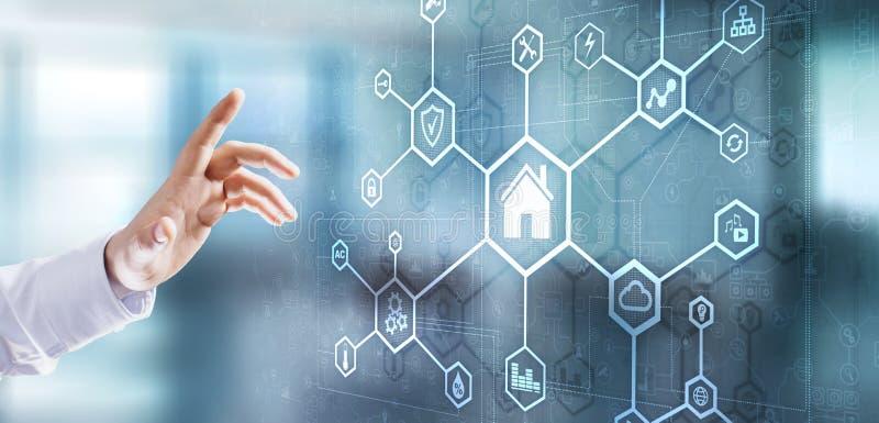 Smart för manöverenhetsapplikationskontroll för hem- automation panel Internet- och teknologibegrepp trycka p? f?r aff?rsmanknapp arkivfoton