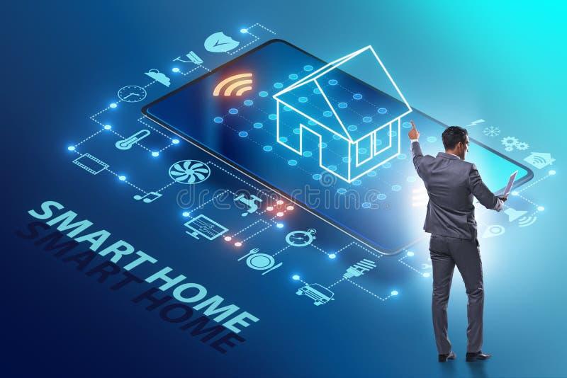 Smart hem- begrepp med apparater och anordningar royaltyfria bilder