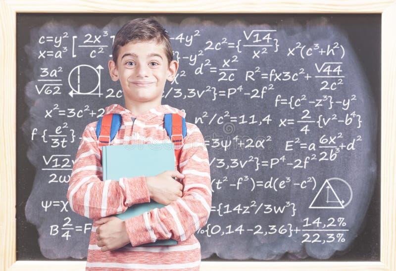 smart pojkeskola arkivfoton