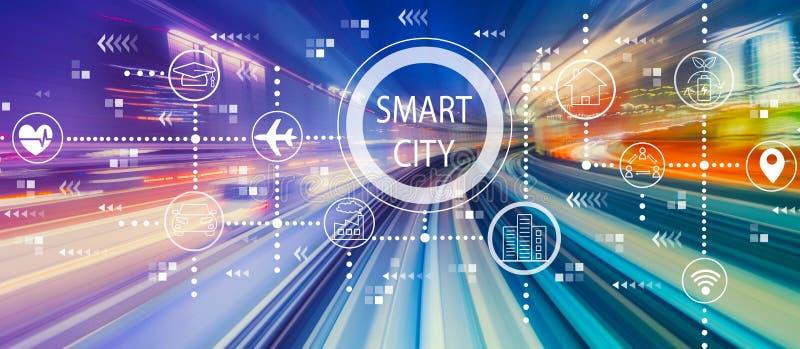 Smart stadsbegrepp med snabb rörelsesuddighet royaltyfria bilder