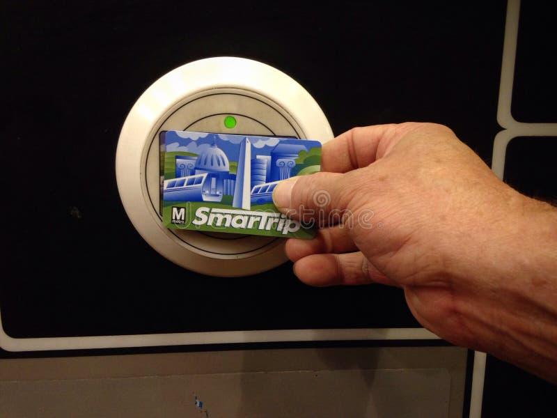 Smart turtunnelbanakortläsare royaltyfria foton