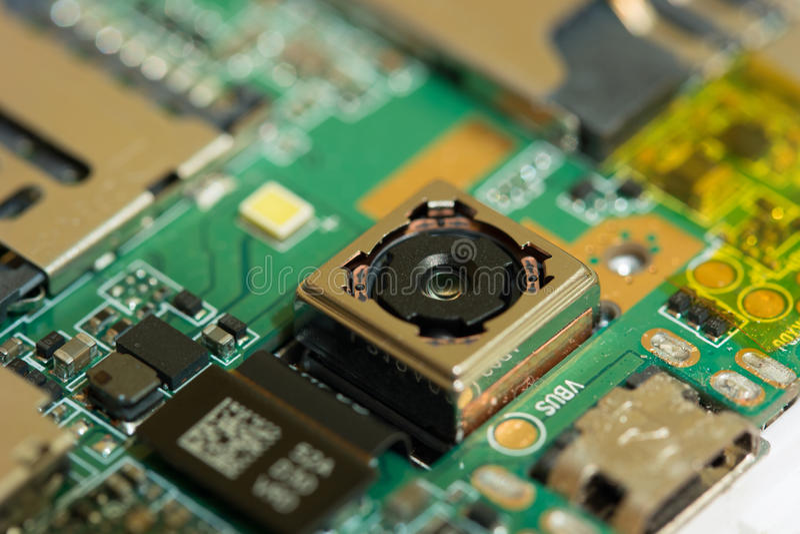 Smartphone-cameramodule Gedemonteerde telefoon stock foto