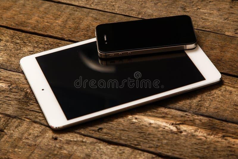 Smartphone en Tablet stock foto's