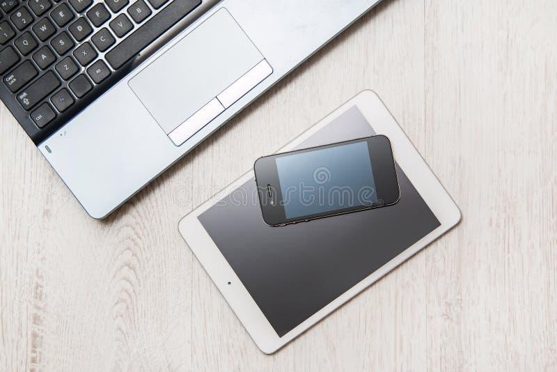 Smartphone, tablet en laptop royalty-vrije stock foto's