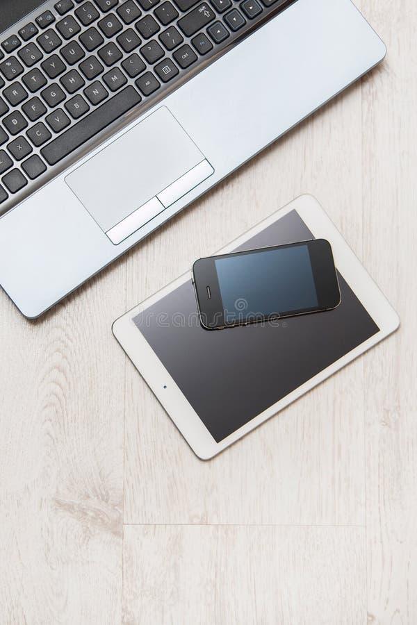 Smartphone, tablet en laptop royalty-vrije stock foto
