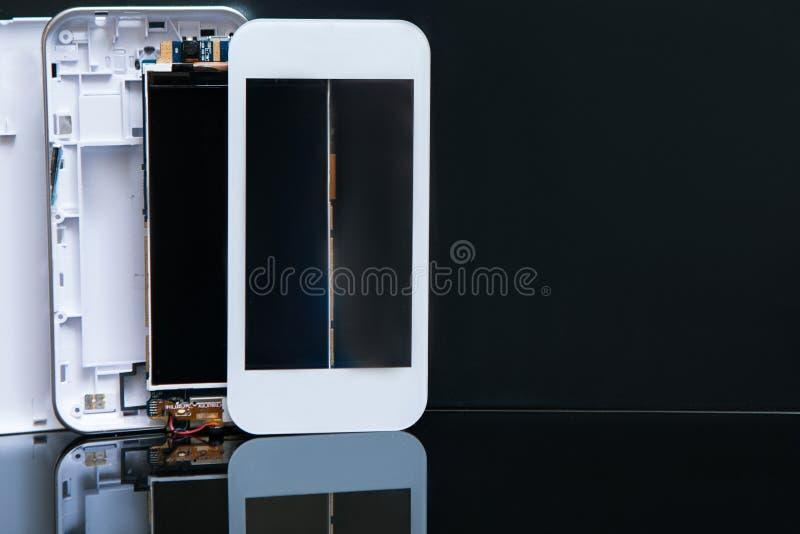 Smartphonetechnologie van de workshopassemblage stock foto