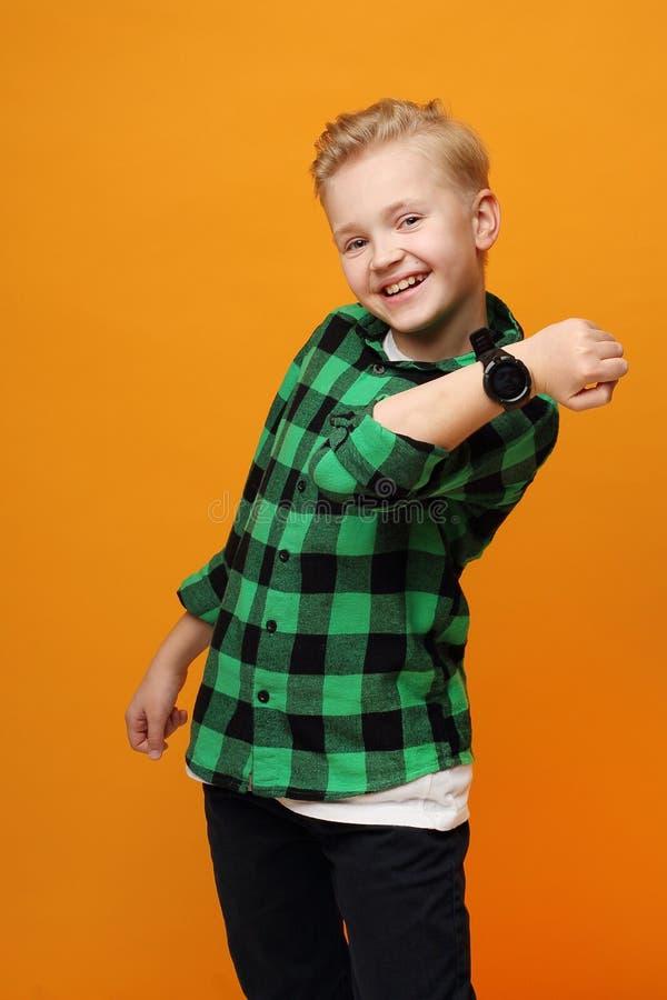 Smartwatch voor kinderen stock foto's