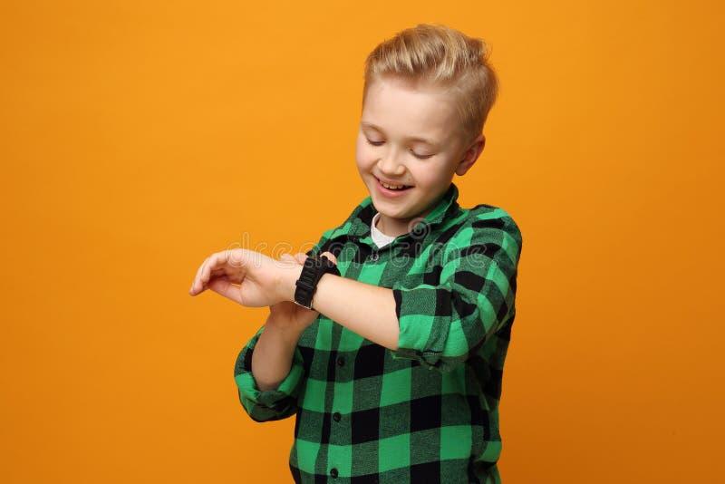 Smartwatch voor kinderen stock fotografie