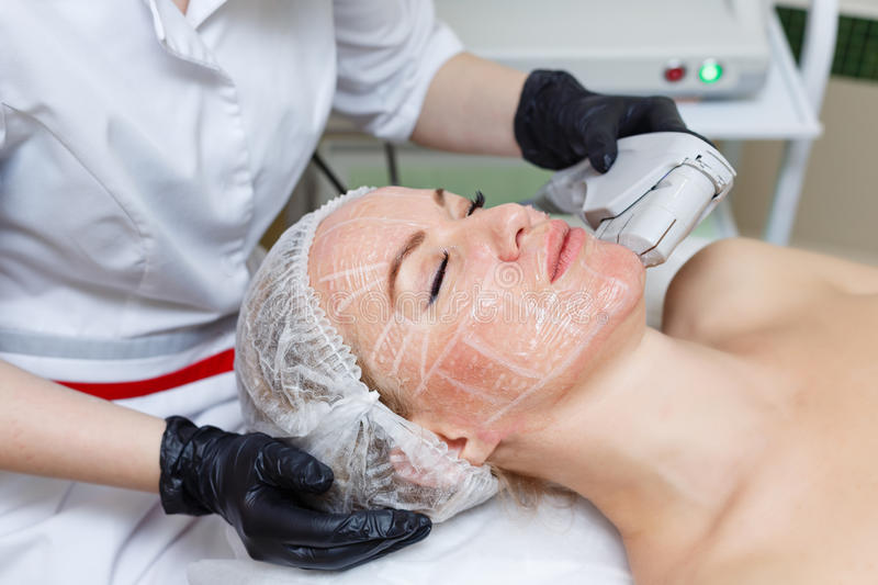 facial-lifting-procedures