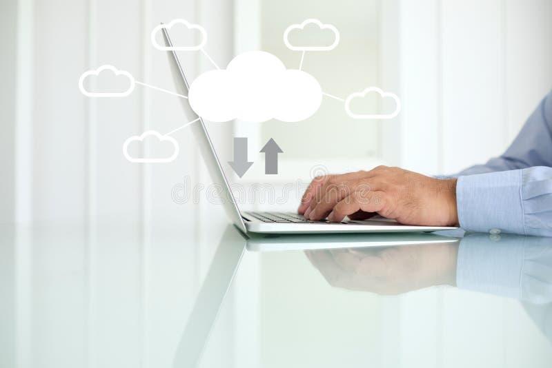 SMAU 2010 - Microsoft-Wolkendatenverarbeitung lizenzfreies stockfoto