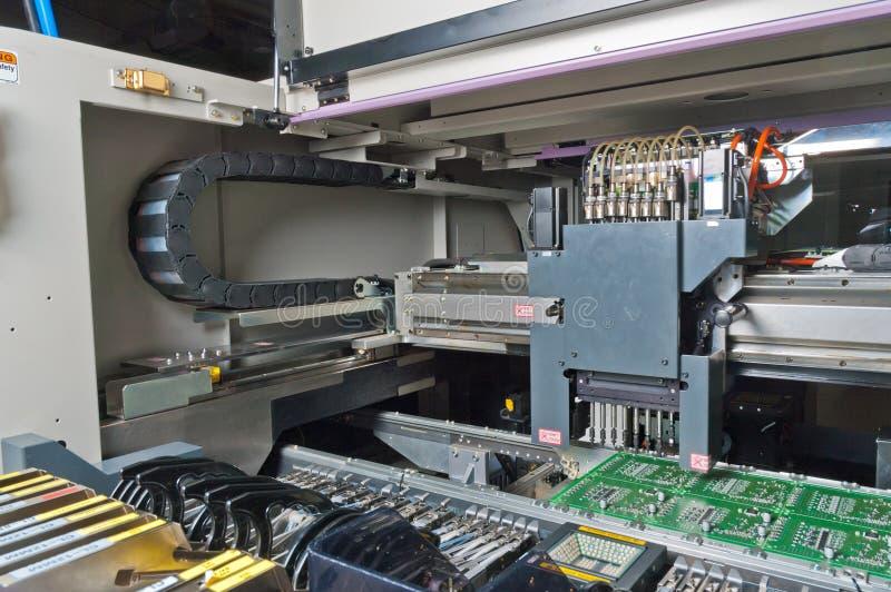 SMD, cabeça da ferramenta da montagem de SMT foto de stock