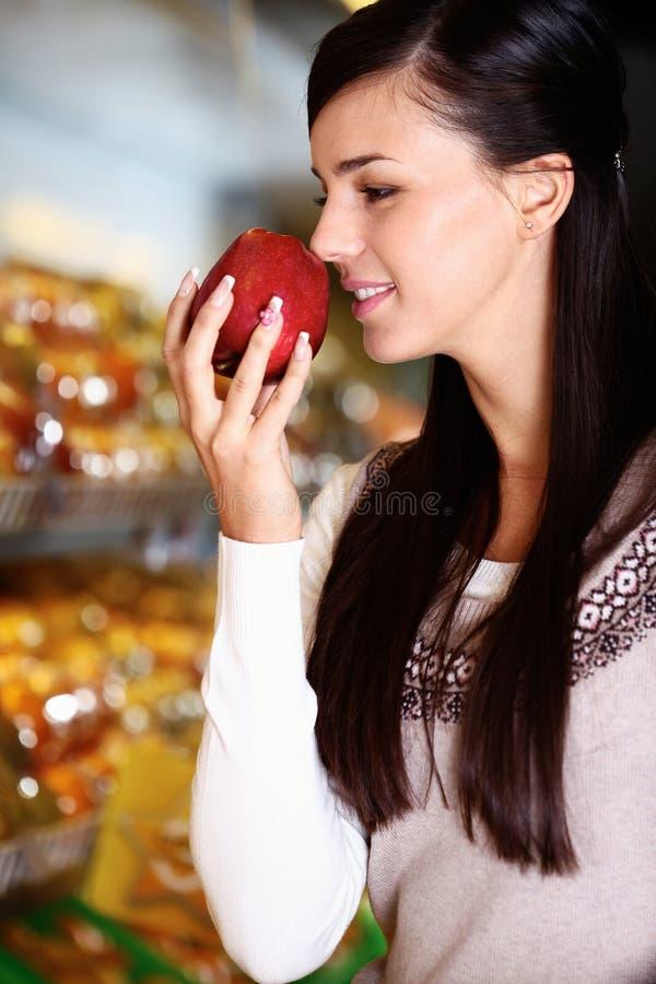 Smelling apple