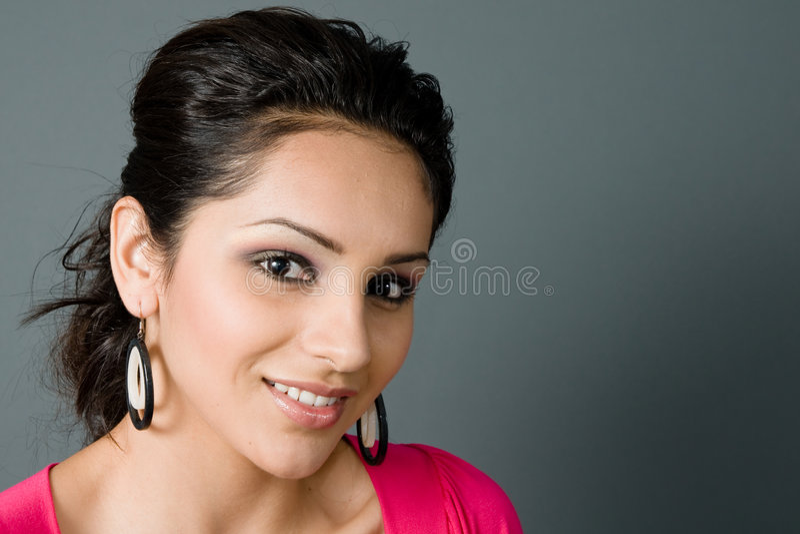 smiing piękny Latina zdjęcie royalty free