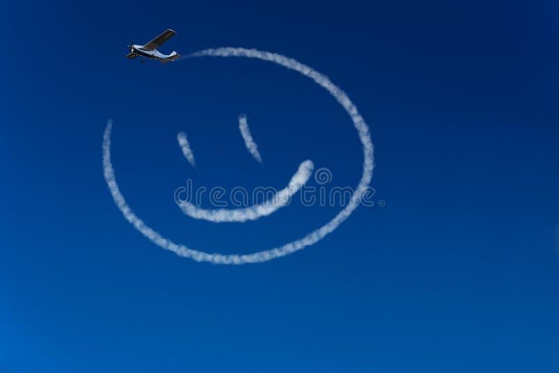 Smiley heureux dans le ciel illustration libre de droits