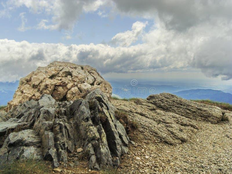 Smiley skała - Sinaia, Cota 2000 zdjęcia royalty free