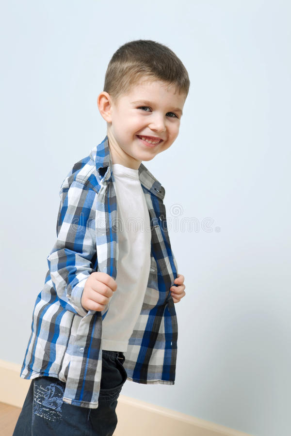 Free Smiling Cute Little Boy Royalty Free Stock Photo - 17158885