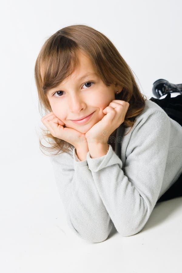 Smillng kleines Mädchen stockfoto