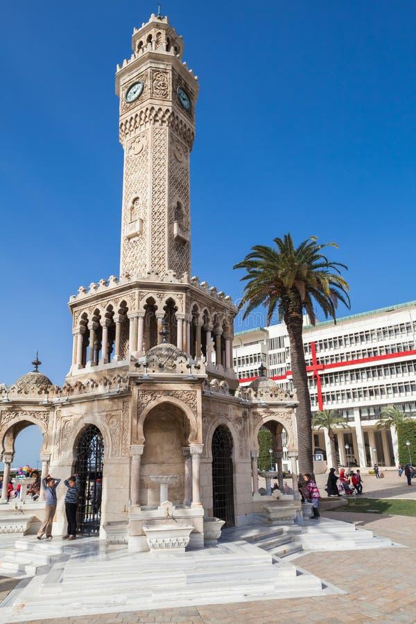 Smirne, Turchia Vecchia torre di orologio fotografie stock libere da diritti