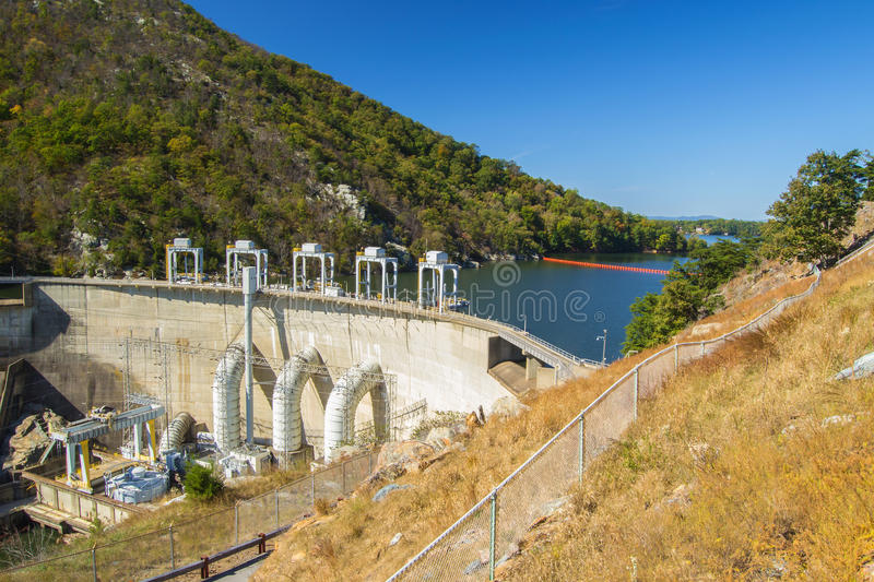 Smith Mountain Dam Penhook, VA, USA arkivfoton