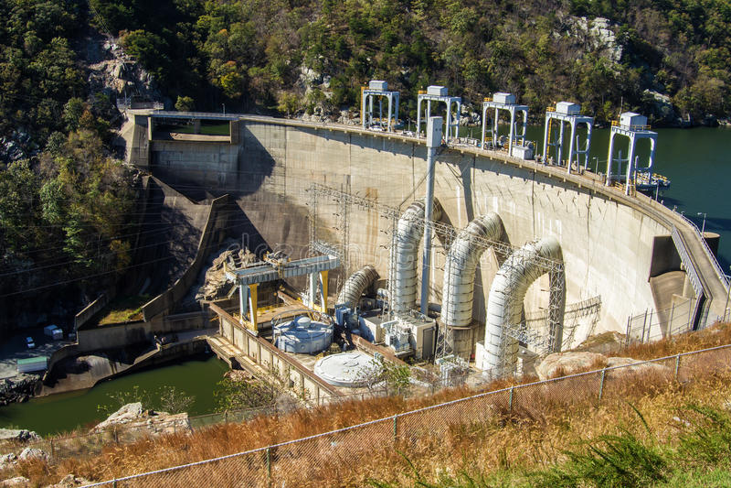 Smith Mountain Dam, Penhook, VA, USA. Smith Mountain Dam is a 636-megawatt storage hydroelectric facility located on Smith Mountain Lake, Penhook, Virginia, USA royalty free stock photos
