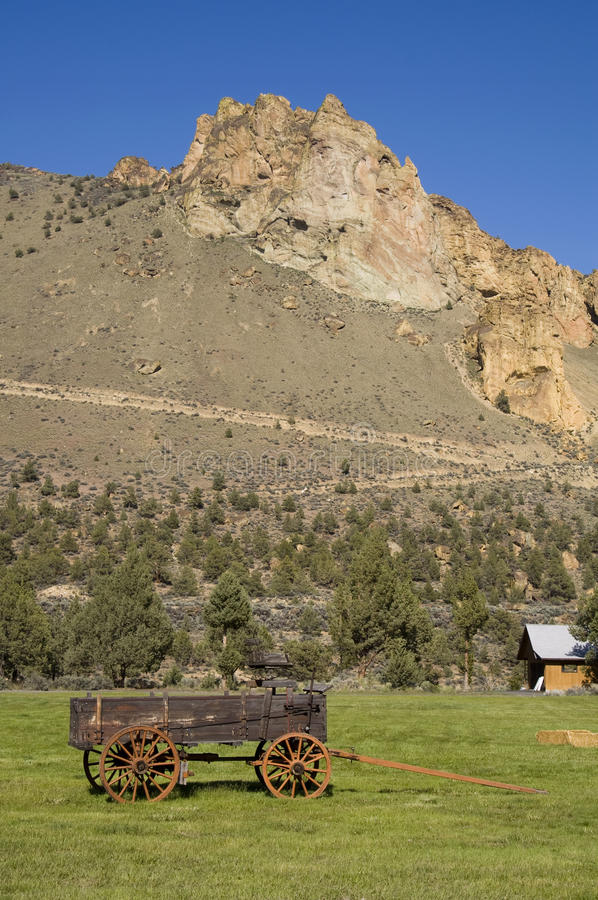 Download Wagon Trail Smith Rock Central Oregon Geology Stock Image - Image of side, landmark: 25598253