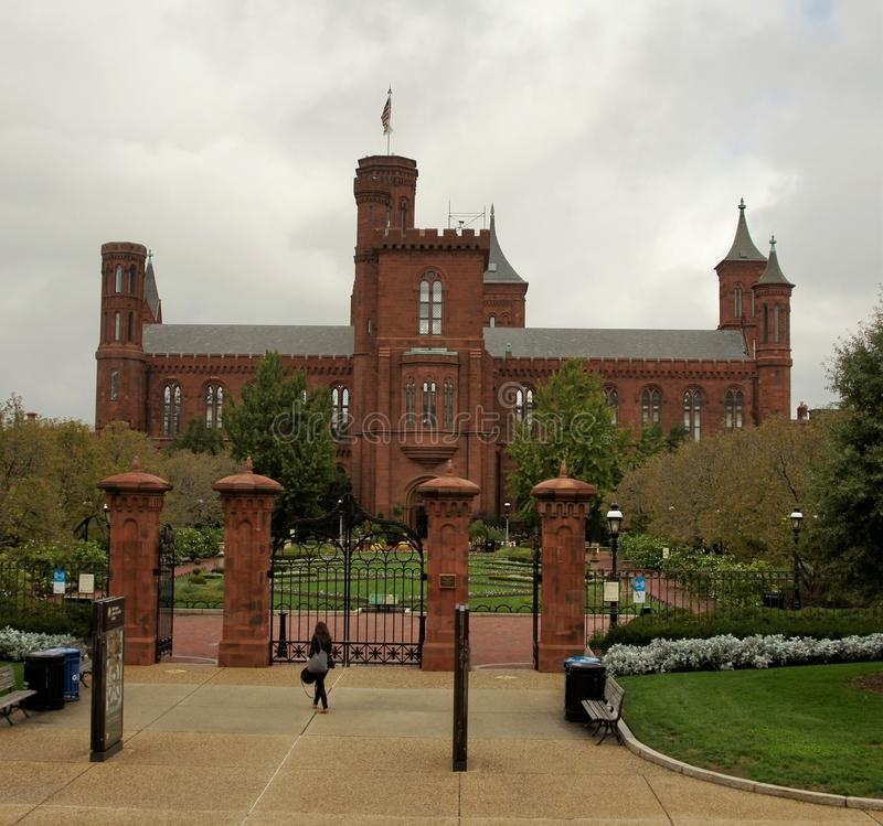 Download Smithsonian Institution editorial photo. Image of building - 27701046