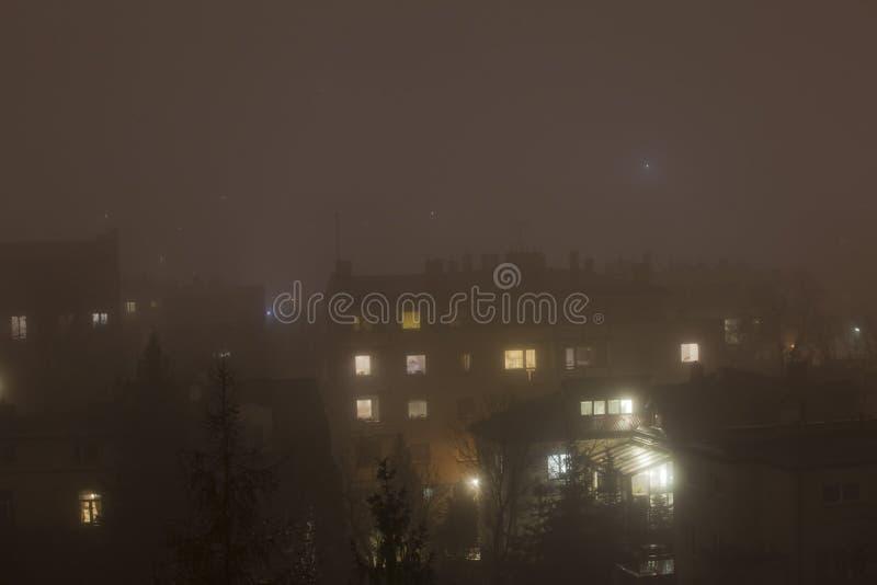 Smog in der Winterzeit in Warschau, Polen stockfoto
