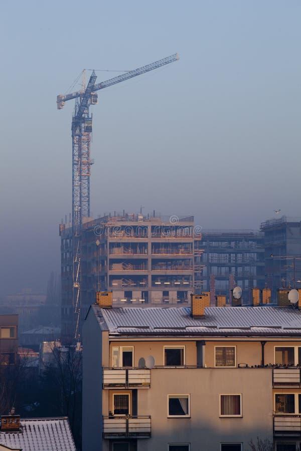 Smog in der Winterzeit in Warschau, Polen lizenzfreies stockfoto