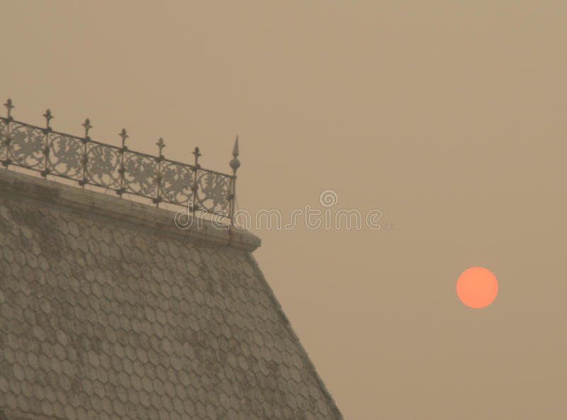 Smog In Moscow -2010. Strange Sunrise Royalty Free Stock Photo