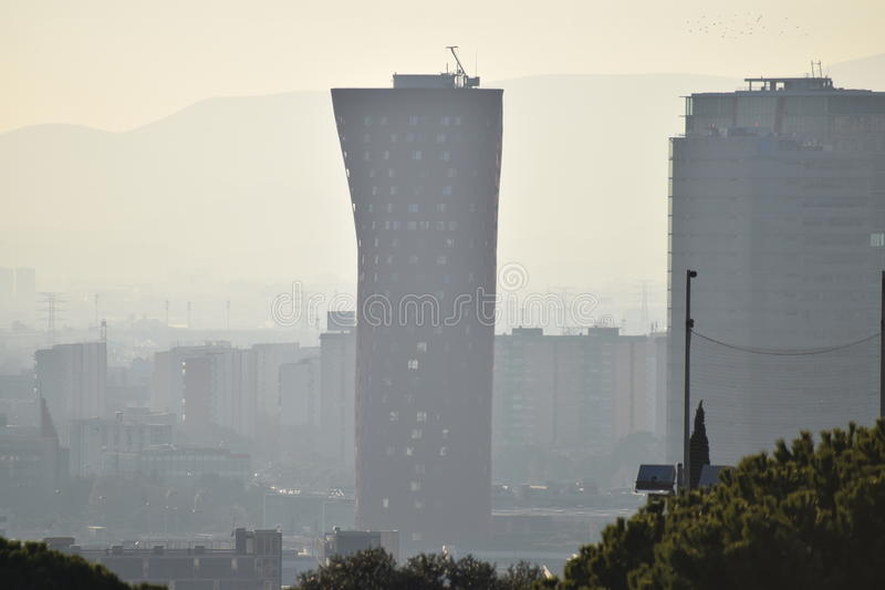 Smog nad Barcelona fotografia royalty free