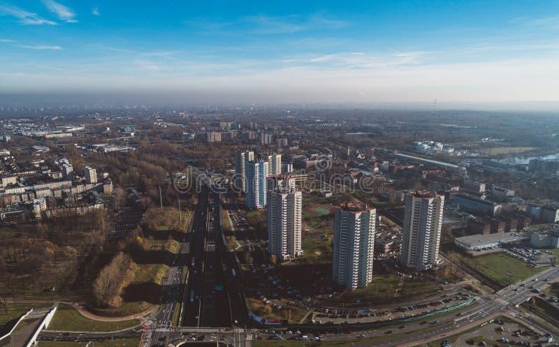 Smog over grote stad royalty-vrije stock afbeeldingen