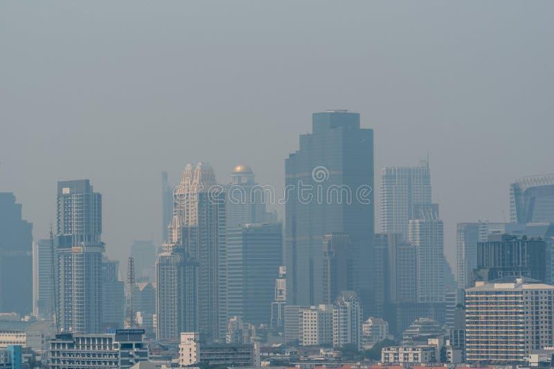 Smog PM2 damm 5 att överskrida standart värde av Bangkok royaltyfri fotografi