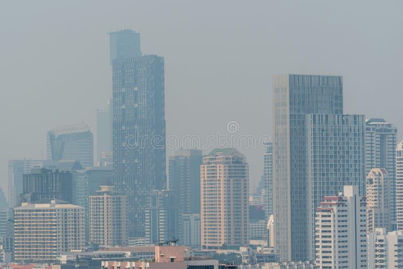 Smog PM2 damm 5 att överskrida standart värde av Bangkok royaltyfria bilder