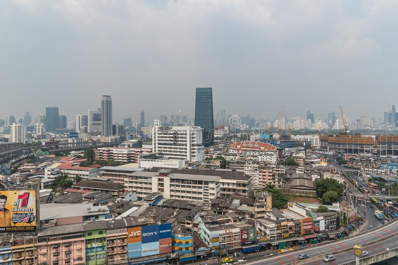 Smog PM2 damm 5 att ?verskrida standart v?rde av Bangkok arkivfoto