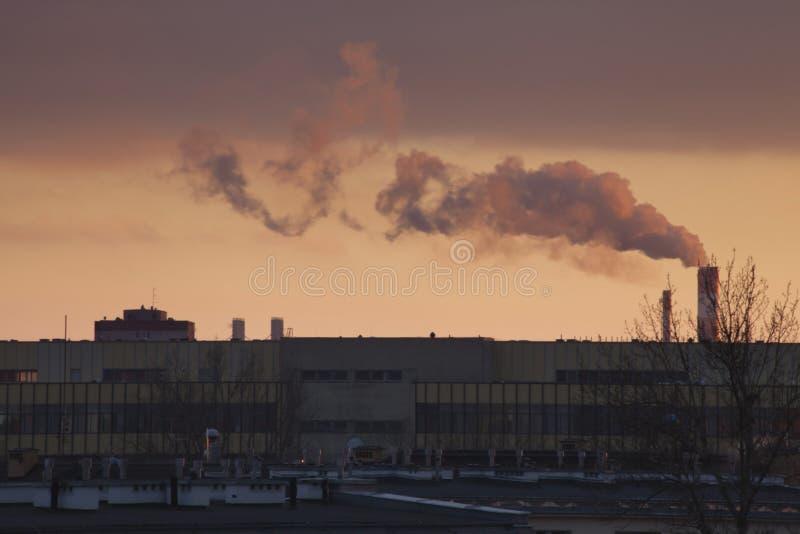 Smog in Warschau, Polen lizenzfreies stockfoto