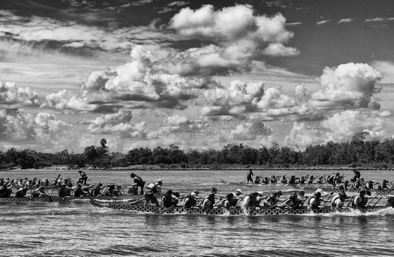 Smok łodzie w Czarny I Biały zdjęcia royalty free