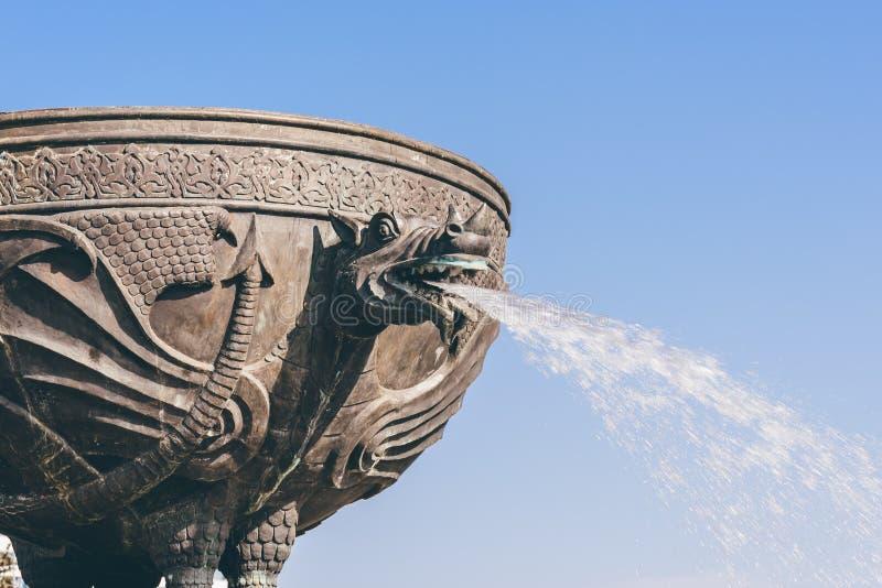 Smok fontanna w Kazan mieście zdjęcia stock