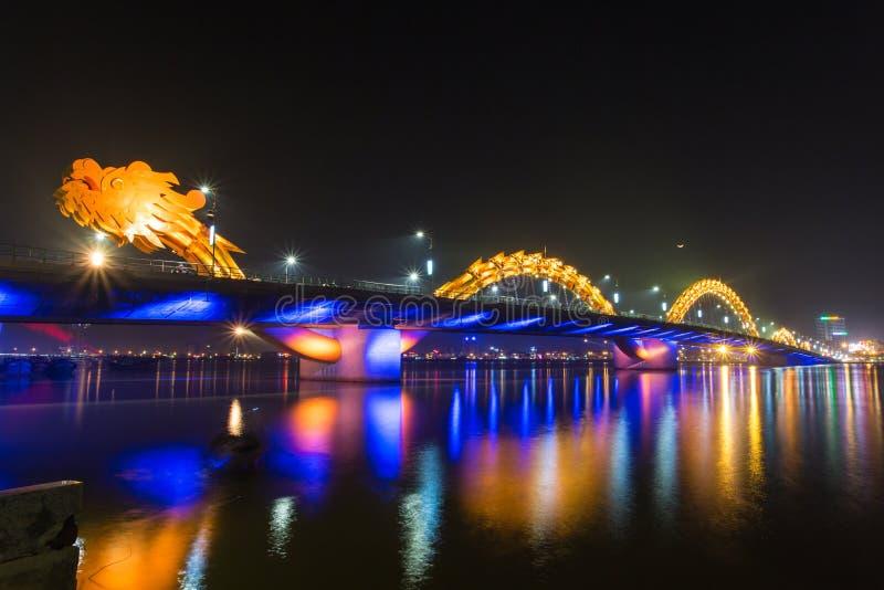 Smok rzeki most obrazy royalty free
