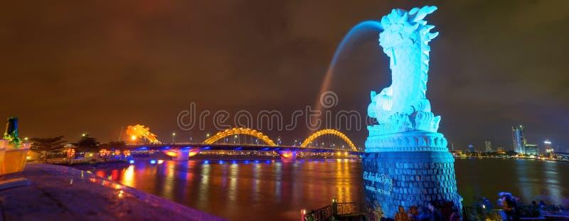 Smok rzeki most w da nang, Wietnam (Rong most) fotografia royalty free